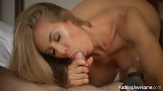 Gata e amante saciam desejos sexuais com muito oral e anal