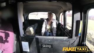 Taxista comedor de ninfetas se dá bem com loira safada
