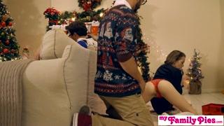 Natal de putaria com safadão comendo xerecas gostosas