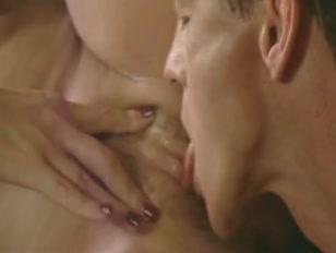 Amante lambe boceta gostosa e mulher vai ao delírio