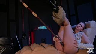 Teste em gostosa para porno carioca usando objetos