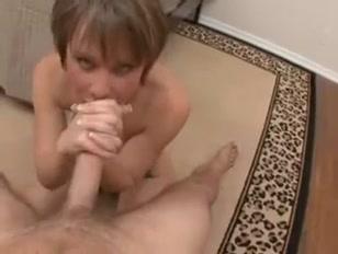 Vagabunda com tesão no rabo libera geral com anal e boquete