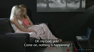 Gatinhas protagonizam pornô grátis com cenas quentes