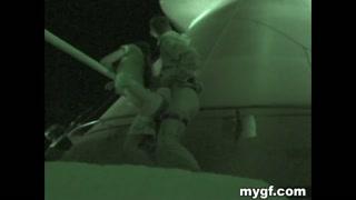 Câmera noturna flagra jovens fodendo no alto do farol