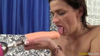 Com permissão do marido casada faz videos de sexo grátis