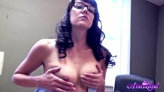Secretária faz vídeo pro seu patrão ficar louco com ela.