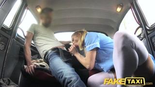 No táxi macho faz vídeo porno nacional grátis com cliente