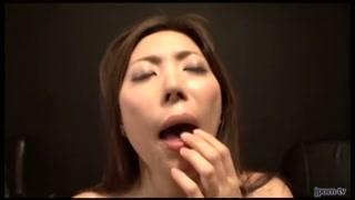 Japonesa gostosa mama na rola e é comida com vontade